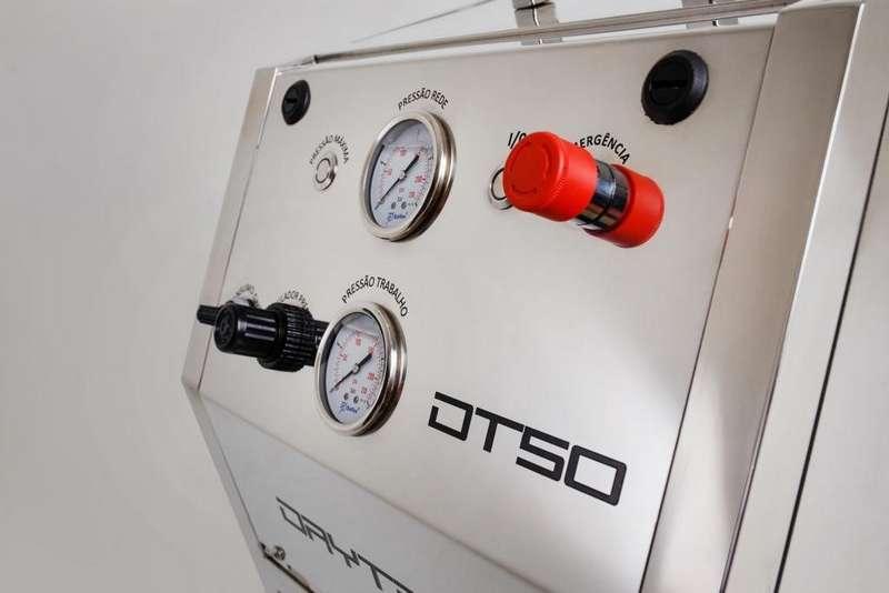 Máquina de jateamento de gelo seco